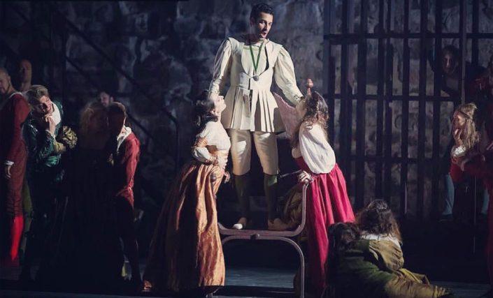 Rame Lahaj, Izaskun Valmaseda y Marta Romero.